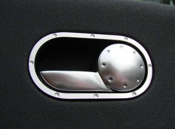 2 Surrounds door opener in original TT design