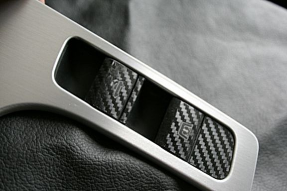 Carbondecor for the 2 switch Roadster
