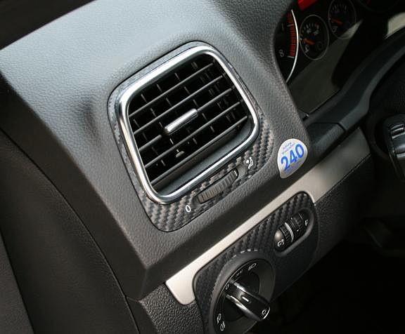 Carbonotik Air vent nozzles