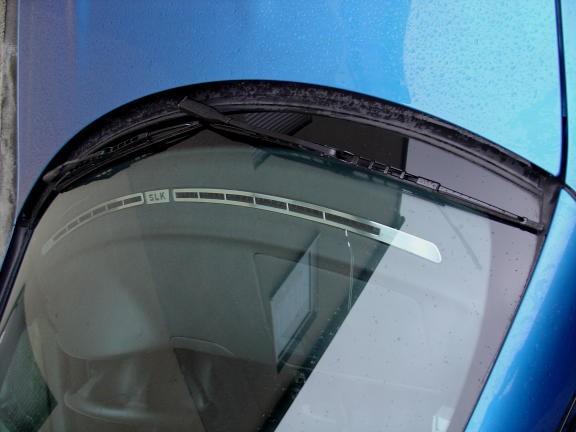 2 Defrosterschienen / Windschutzscheibe