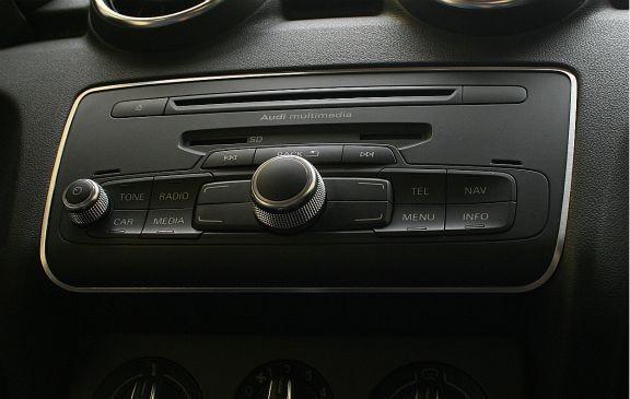 1 Aluminium Zierrahmen für Radio